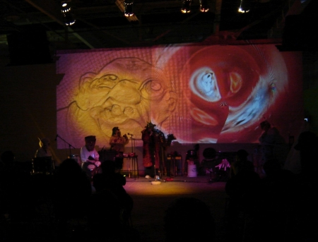 mocad-space-band-etc-013b.jpg